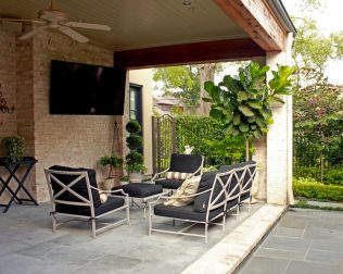 patio-seating