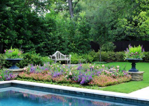 Poolside Summer Gardens – Memorial, Houston | Moss Landscaping
